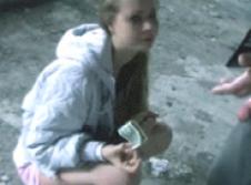 Teen escort tricked and paid 1 dollar - HAHA